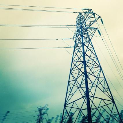 Torres eléctricas en Bonny Bridge