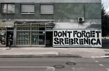Pintada en recuerdo del genocidio de Srebrenica